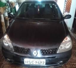 Renault Clio Sedan 1.6 16v ano 2005 Quitado venda ou troca