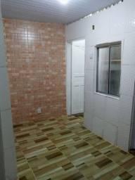 Alugo quarto, sala, cozinha, banheiro e área de serviço 400,00