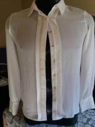 Camisa creme tamanho pp semi-nova