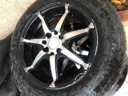 Jogo de roda com pneus