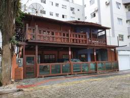 Casa Locação Anual no Centro de Balneário Camboriú