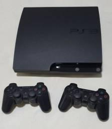 Playstation 3 + Controles (2) + 6 Jogos.
