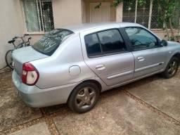 Vendo Clio Sedan