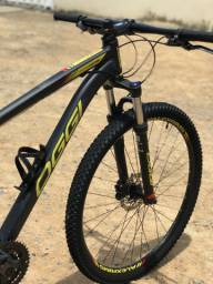 Vende-se Bicicleta Oggi Hacker HDS Aro 29 Tamanho 17 com nota fiscal.