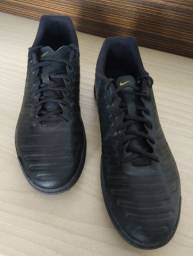 Chuteira Society 43 Nike