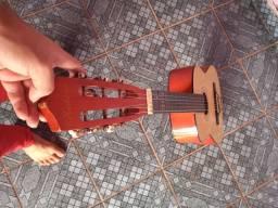Violão usado, mais bem conservado