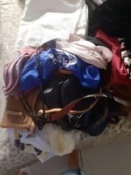 Calçados e bolsas