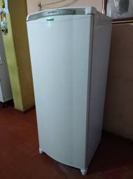 Consul 345 litros fross free usada porem conservada toda completa
