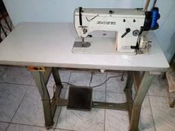 Maquina de Costura Zoje