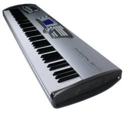 Piano Teclado Sintetizador Alesis Fusion 8HD