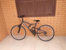 Bicicleta semi nova. De 800 por 500