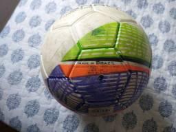 Vendo bola de futsal Penalty pouco uada