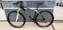Bike Caloi Elite 30 - bicicleta MTB, super equipada!<br><br>Aro 29 -<br>Quadro 19