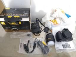Vendo câmera Nikon profissional