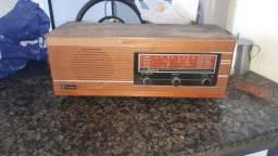 Vendo rádio antigo