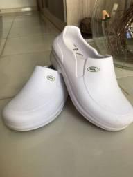 Sapato profissional antiderrapante