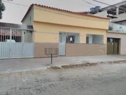 Alugo casa no bairro Ilha dos Bentos- Vila Velha-ES, c/2 quartos