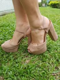 Linda sandália meia pata 37.