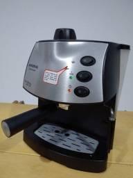 Cafeteira Expresso Mondial Coffee Cream Premium - Muito nova