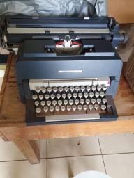 Relíquia de máquina de escrever Underwood 298