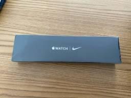 Apple Watch S6 - Nike - Lacrado