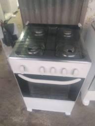 Vendo fogão Esmaltec bem conservado funcionando perfeitamente