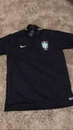 camisa dri fit com gola polo do brasil,nunca usada tamanho xl(gg)