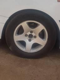 Troco rodas binno com pneus bons  por rodas de ferro com pneus