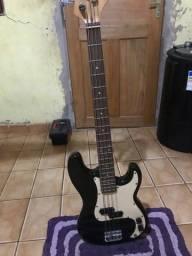 Baixo (instrumento musical)