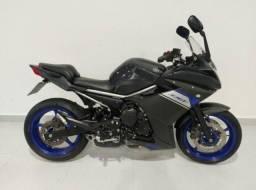 Yamaha- Xj6