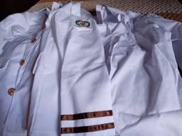 Fada túnica do colégio militar nunca foi usda
