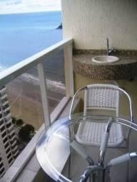 Apartamento frente mar mobiliado localizado na Avenida Atlântica