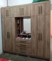 Vendo Guarda-roupa Casal SEMI NOVO 10 Portas 4 Gavetas Com Espelho Henn Viena - Rústico<br><br>