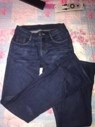 Vendo calça flare da marca LA VERTU usada apenas uma vez