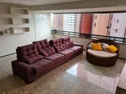 Apartamento no Renascença com mobília e projetados, quatro suítes.