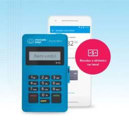 Maquininha de cartão point Mini mercado pago