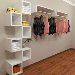 Kit Expositor para loja de roupas araras + nichos