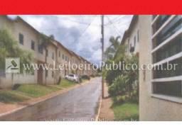 Cidade Ocidental (go): Apartamento mmrhc etofr