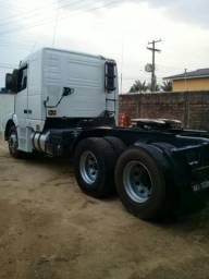Volvo NH  2002  top