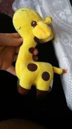 Girafa de Pelúcia 18cm Girafinhas Novas