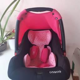 Vende-se bebê conforto.