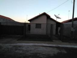 Vendo casa em Dourados - R$ 130 mil