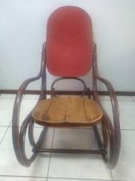 Cadeira Antiga De Balanço