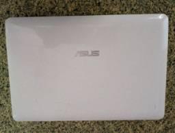 Netbook Asus 1015PEM - Atom N550 1.5GHz - 250GB - 2GB RAM