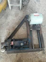 Motor com base  i bomba