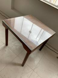 Vendo mesas com tampo de vidro