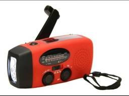 Radio Sobrevivencia Dinamo Carregamento Luz Solar Lanterna