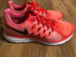 Nike Zoom Vomero 9-tamanho 42-10us-usado Bom Estado