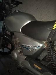Venda ou troco por moto mais alta
