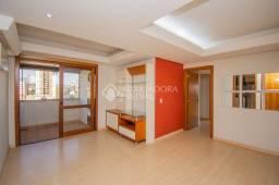 Apartamento para alugar com 3 dormitórios em Petrópolis, Porto alegre cod:338538